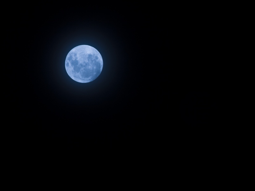 The Blue Moon – Blimey!!!!